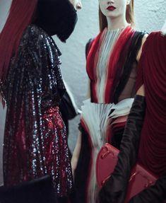 """detournementsmineurs: """"""""Le Bal des Vampires"""" inspire Jean-Paul Gaultier pour son défilé Haute-Couture Automne-Hiver 2014. """""""