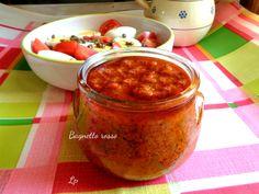 Bagnetto rosso, o salsa a base di peperoni rossi, alici e prezzemolo. Ricetta piemontese per accompagnare uova, patate e bolliti, o da spalmare sul pane.