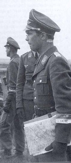 ✠ Horst Trebes (22 October 1916 – 29 July 1944) KIA near Carentan, South of Saint-Denis-le-Gast. RK 09.07.1941 Oberleutnant Führer III./Fsch.Jäg.Sturm.Rgt 1