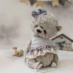 Old Teddy Bears, Vintage Teddy Bears, Vintage Toys, Teddy Girl, Teddy Toys, Crochet Bear, Panda Bear, Handmade Toys, Guinea Pigs