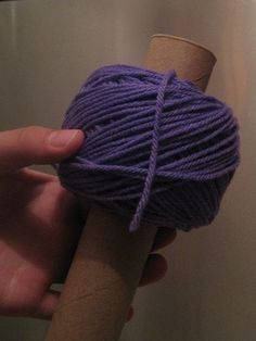 Making a center pull yarn ball - genius!!