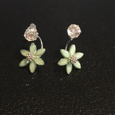❗️new listing❗️diamond stud with flower New light weight diamond stud with flower attached. Three colored to choose from mint, pink, white. Sold separately Jewelry Earrings