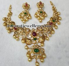 Jewellery Designs: Pachi Work Grand Necklace