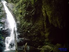 Cachoeira Gruta do Granito, Maringá.