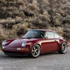 Car Porn: Customized Oxblood Porsche 911 Singer Vehicle Design in Burgundy. We love the trend color! Singer Porsche, Porsche 356, Singer 911, Porche 911, Porsche Autos, Porsche Cars, Porsche 2017, Porsche Carrera, Porsche Classic