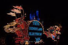 Tokyo Disneyland Dream Lights Parade 1