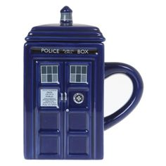 Doctor Who TARDIS Figural Mug | Hot Topic (81 BRL) ❤ liked on Polyvore featuring…