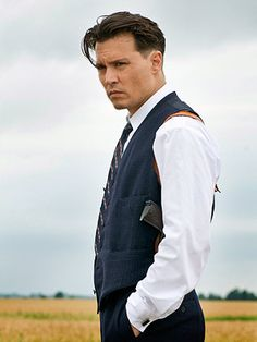 2 new found loves, Public Enemies and Johnny Depp ;)