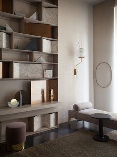 Discover how these luxury decor ideas are the ones you'll want in home interior design. All the home design ideas to get the perfect home you've ever wanted. Home Interior, Interior Architecture, Interior And Exterior, Espace Design, Shelving Design, Bookshelf Design, Regal Design, Timeless Design, Suites
