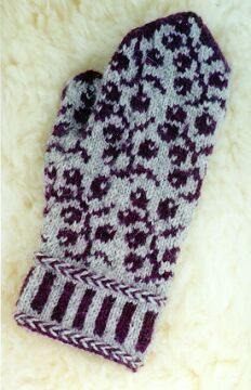 Blackberry Mitts; site has free & $ mitten patterns.  blackberry mitts are a paid pattern
