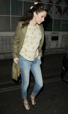 anna friel vintage   Anna Friel wearing a mix of modern, vintage and heritage in London