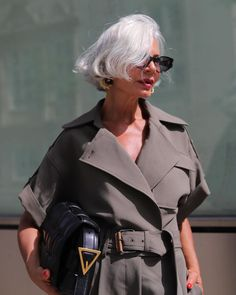 8 Women Reflect On The Empowering Act Of Going Grey | British Vogue Shimmer Lights Shampoo, Grey Hair Inspiration, Natural Henna, Purple Shampoo, Going Gray, Fashion Over 50, Silver Hair, The Twenties, Short Hair Styles
