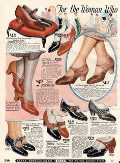 Stylishly smart women's shoes from 1925 – Click Americana Fashion Mode, 20s Fashion, Art Deco Fashion, Fashion History, Retro Fashion, Vintage Fashion, Victorian Fashion, Fashion Fashion, 1920s Shoes