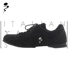 Smart and sporty tango sneakers. Discover all the available colors! www.italiantangoshoes.com