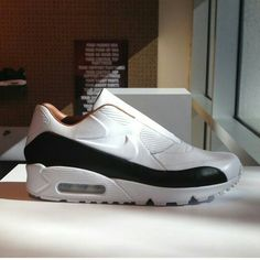 Lace less airmax....these are a must have