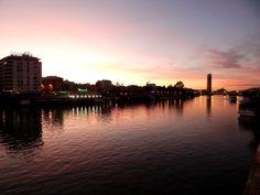 Sevilla, Puente de San Telmo, Sunset.