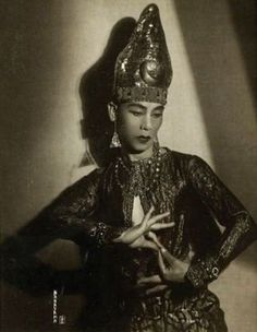 Iwata Nakayama (1895-1949), Le danseur japonais Toshi Komori, 1927