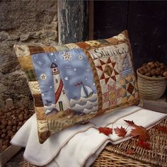 Simply Jacqueline - polštář Applique Cushions, Patchwork Cushion, Patchwork Bags, Quilted Pillow, Pin Cushions, Floor Pillows, Throw Pillows, European Pillows, Quilted Potholders