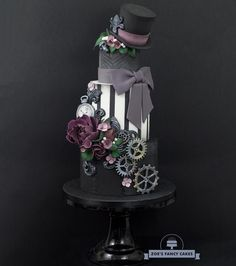 Wedding cakes, you've gotta consider those creative pin gallery for one truly dreamy wedding cake here. Pretty Cakes, Beautiful Cakes, Amazing Cakes, Diy Wedding Cake, Wedding Cake Designs, Wedding Ideas, Steampunk Wedding Cake, Zoes Fancy Cakes, Different Wedding Cakes