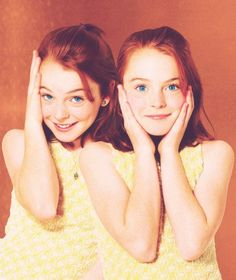 The Parent Trap (1998) Give me a mirror and I can perform the whole thing