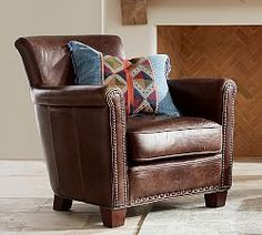 Club Style Couches Arthur Chesterfield Leather Button