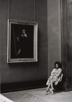 Photo by Barbara Klemm: Louvre, Paris, 1987 via lauramcphee