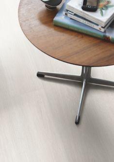 Pergo Laminatgulv - Elegant Plank 'Lappland Oak' (L0235-03573). Klikk her for å oppdage ditt favorittgulv. #laminat #pergo #inspirasjon #gulv Decor, Furniture, Table, Home Decor, Pergo, Flooring, Oak, Coffee Table