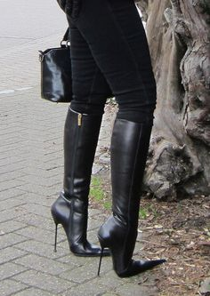 Fantastic high leather boots