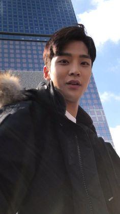 Korean Celebrities, Korean Actors, Cool Boy Image, Taehyung, Kim Young, Sf 9, Jung Hyun, Cute Actors, Fnc Entertainment