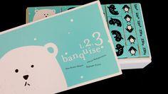 Voici le sac à album pour le livre 1,2,3 Banquise. Pour le petit plus, je propose des cubes à empiler afin de jouer avec les grandeurs. J'ai trouvé l'idée à l'adresse suivante : http://jeuxdartistes.blogspot.fr/2014/05/123-banquise-dolivier-philipponneau.html...