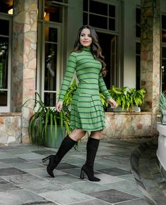 Skirt Outfits, Ideias Fashion, Booty, Skirts, Sweaters, Dresses, Refashioned Clothes, Shoe Cabinet, Winter Fashion Looks