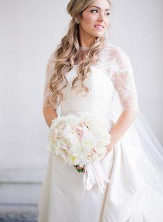 Floral Design: Holly Heider Chapple Flowers LTD - http://hollychappleflowers.com Wedding Dress: Oscar De La Renta - http://www.oscardelarenta.com Photography: Audra Wrisley Photography - audrawrisley.com   Read More on SMP: http://www.stylemepretty.com/2017/01/26/classic-early-spring-wedding-washington-dc/