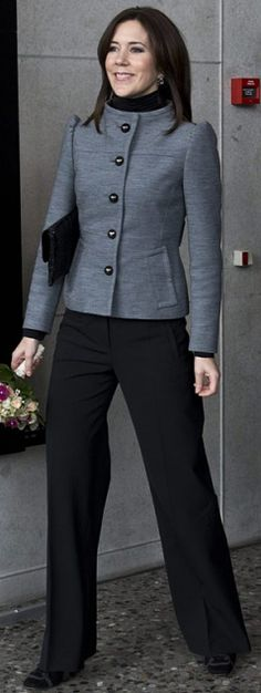 Crown Princess Mary - 2013 with clutch bag Vanessa in crocodile from www.carlend.dk
