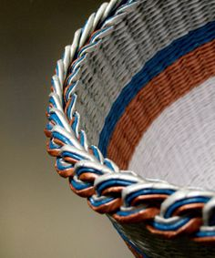 How to make paper basket with a braided edge
