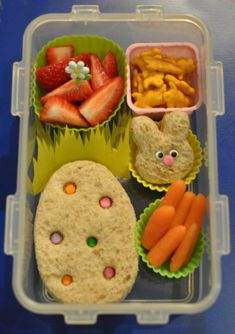 Easter lunch idea's for Orion. Bento Diva Easter lunch idea's for Orion. Kids Packed Lunch, Kids Lunch For School, School Lunches, Lunch Kids, Bag Lunches, Work Lunches, Easter Lunch, Easter Eggs, Easter Food