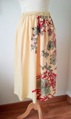 vintage Yellow Red Exotic Knee Length Wrap Skirt Elasticated waist Size 8 10UK
