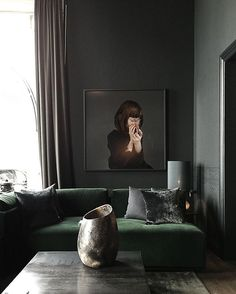 Rue Verte Denmark @rueverteplus (Via Elle Decoration Sweden) PhotoDaniella Witte #interiors #interiordesign #velvet #instaonteriors #rueverte #rueverteplus #ruevertecopenhagen #colourscheme #colourpalette #art #artwork #design #decor #interiordecor #instadecor