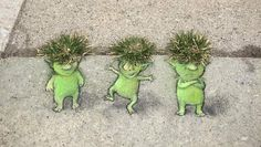 Art David Zinn is a street illustrator who discovered little monsters the Street Art Trend 2019 Chal David Zinn, Love Graffiti, Street Art Graffiti, Berlin Graffiti, Graffiti Lettering, Graffiti Artists, Land Art, Chalk Drawings, Art Drawings