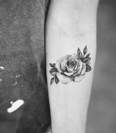 Single needle rose tattoo on the left inner forearm. Foot Tattoos, Flower Tattoos, Body Art Tattoos, New Tattoos, Small Tattoos, Sleeve Tattoos, Tattoos For Guys, Rose Tattoo Forearm, Cover Tattoo