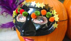 Halloween Craft: Silly Pumpkins - - Pinned by @PediaStaff – Please visit http://ht.ly/63sNt for all (hundreds of) our pediatric therapy pins