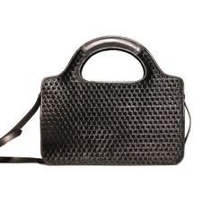 Cerchi Handbag with integrated lighting system.