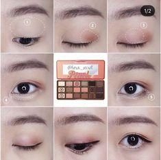 korean makeup looks Korean Makeup Look, Asian Eye Makeup, Simple Eye Makeup, Blue Eye Makeup, Smokey Eye Makeup, Makeup Eyeshadow, Makeup Tips, Beauty Makeup, Makeup Hacks