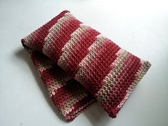 Ravelry: Hot/Cold microwavable bag pattern by Isabelle Simard