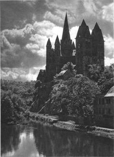 B&w castle