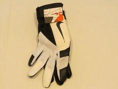 Nike sports gloves S GB0307 074 white black MCHS NWT #Nike