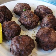 Chiftelute din carne de vita cu masline[…] Ethnic Recipes, Food, Ground Meat, Eten, Meals, Diet
