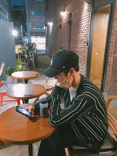 FY! EXO — 170519 1 Day 1 Junmyeon (1, 2) 열녹음 후, 열겜 중 역시...