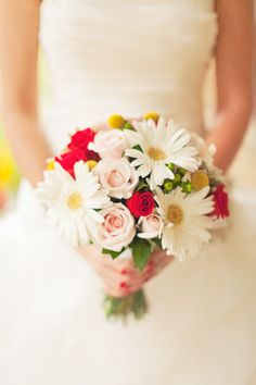 Beautiful White Gerber and Red Rose Bridal Boquet  © 2013 www.nicolesarah.com   #bouquet #roses #whitered #red #white #rose #daisy #fairytale #romantic #bright #modern #clean #floral #flowers
