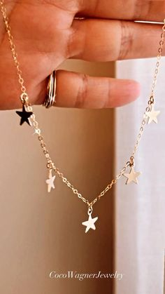 Diy Wire Jewelry Rings, Jewelry Design Earrings, Cute Jewelry, Heart Jewelry, Monogram Jewelry, Personalized Jewelry, Cartier Love Bracelet Diamond, New Necklace Designs, Antique Jewellery Designs