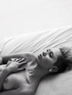 Pillow Tweets - Miley Cyrus @Josh Miley Cyrus on Instagram and Twitter Tongue wagger. Jean Schlumberger for Tiffany